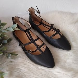 Old Navy • black strappy pointy ballet flats